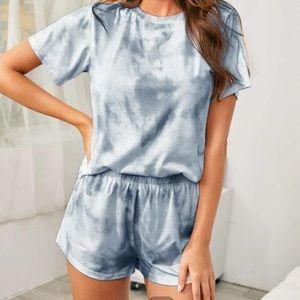 NWT Gray/White 2 Piece Loungewear Shorts Set